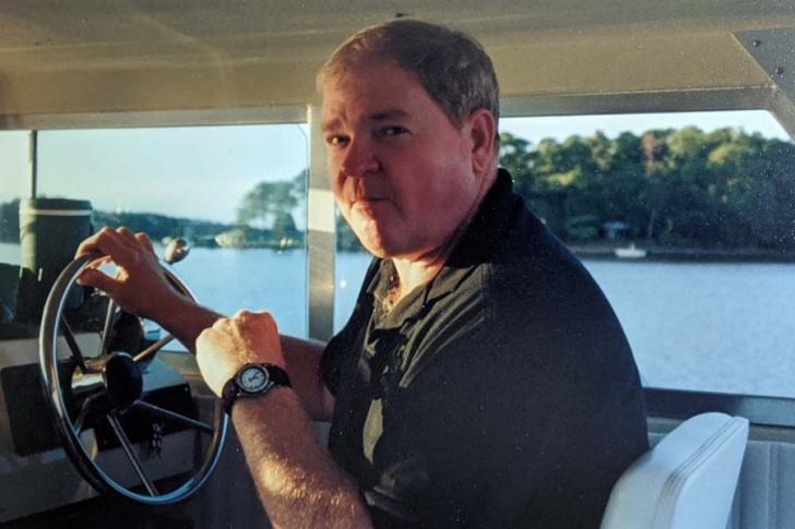 Albert P. Morris, Jr. of Southern Shores,May 25